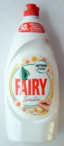 Fairy Sensitive Chamomile with vitamin E liquid hand dishwashing 900 ml